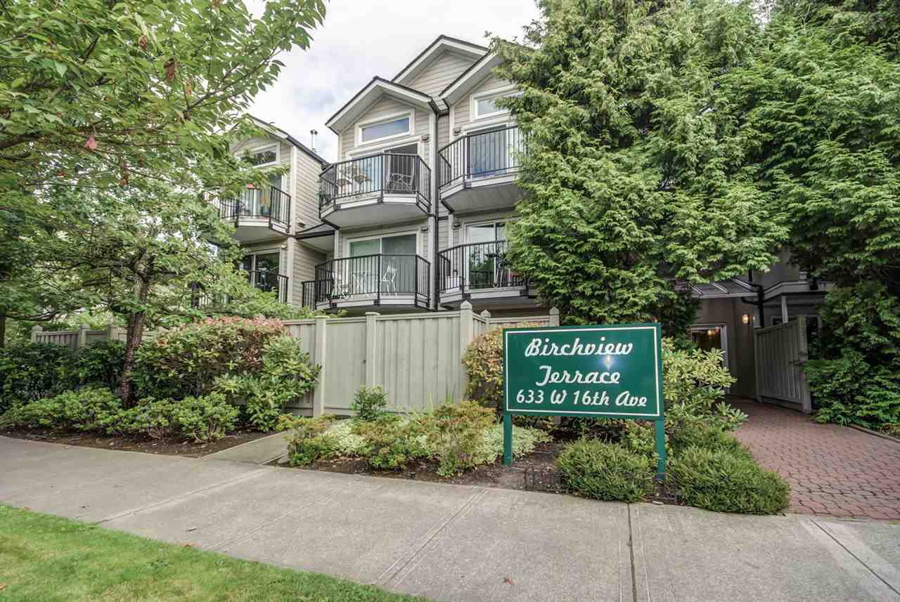 "Main Photo: 203 633 W 16TH Avenue in Vancouver: Fairview VW Condo for sale in ""BIRCHVIEW TERRANCE"" (Vancouver West)  : MLS®# R2098891"