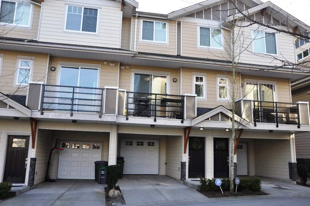 """Main Photo: 5 6383 140 Street in Surrey: Sullivan Station Townhouse for sale in """"PANORAMA WEST VILLAGE"""" : MLS®# R2137891"""