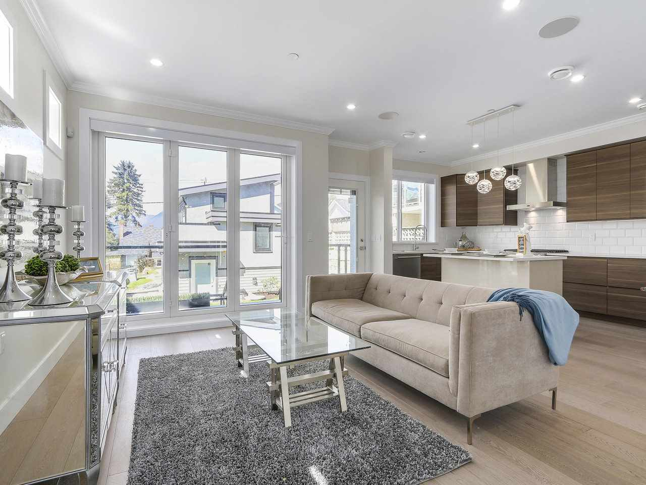 Photo 6: Photos: 3539 ETON STREET in Vancouver: Hastings East House for sale (Vancouver East)  : MLS®# R2159493