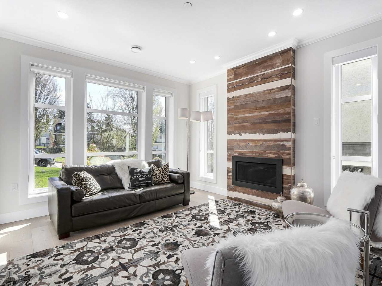 Photo 4: Photos: 3539 ETON STREET in Vancouver: Hastings East House for sale (Vancouver East)  : MLS®# R2159493