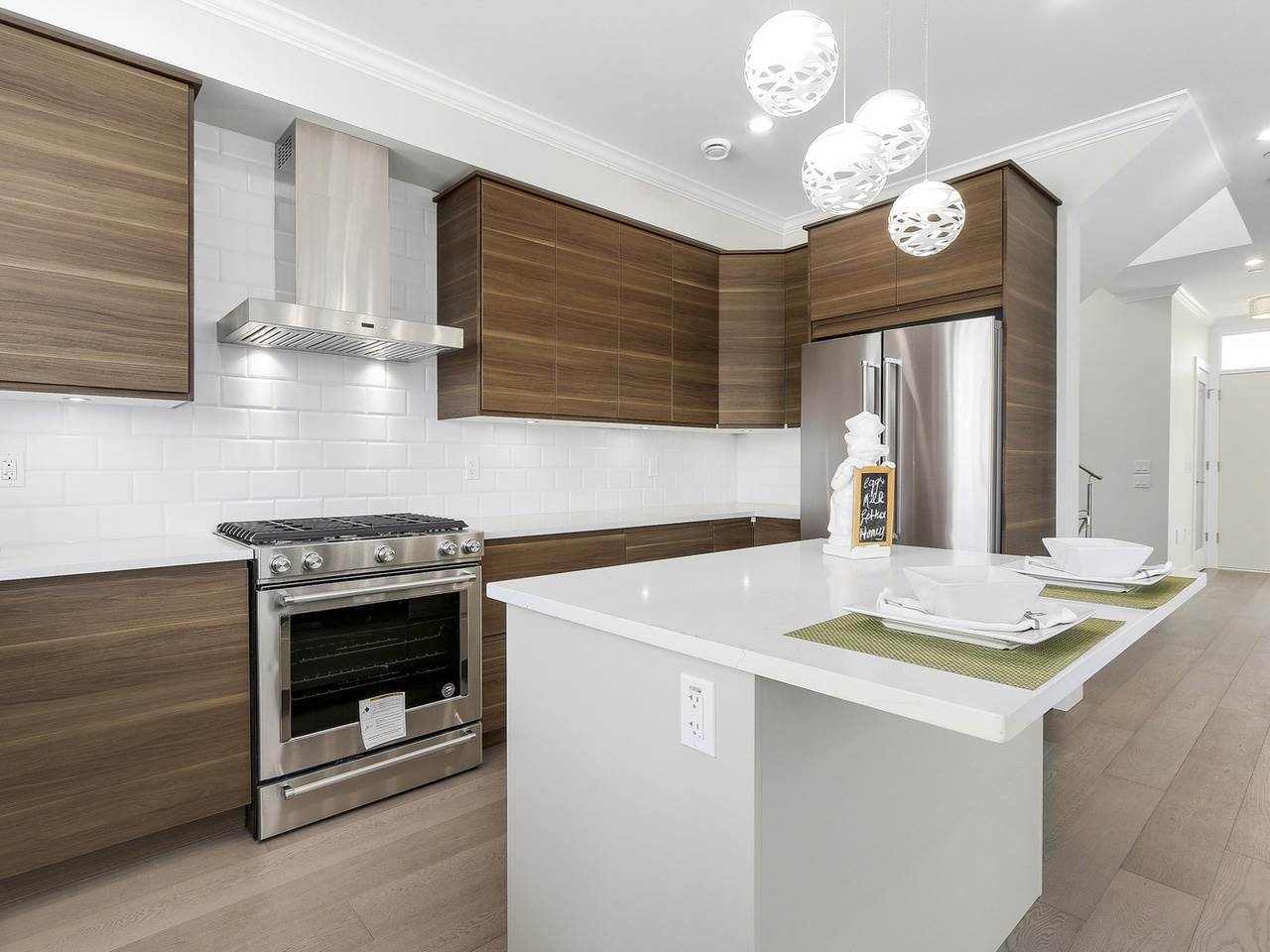 Photo 10: Photos: 3539 ETON STREET in Vancouver: Hastings East House for sale (Vancouver East)  : MLS®# R2159493
