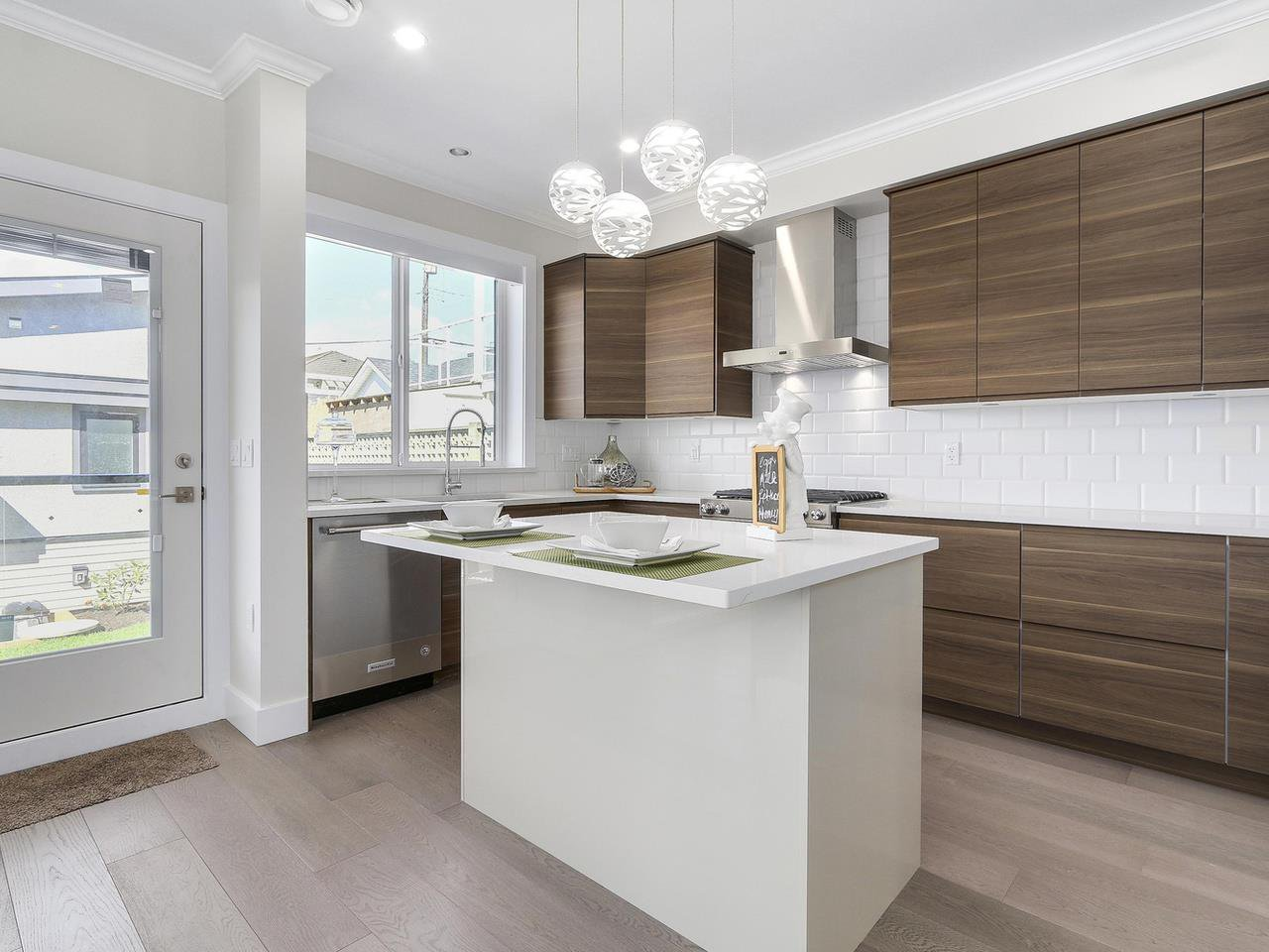 Photo 8: Photos: 3539 ETON STREET in Vancouver: Hastings East House for sale (Vancouver East)  : MLS®# R2159493