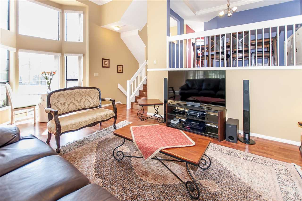 Main Photo: 1 8591 BLUNDELL Road in Richmond: Brighouse South Townhouse for sale : MLS®# R2204983