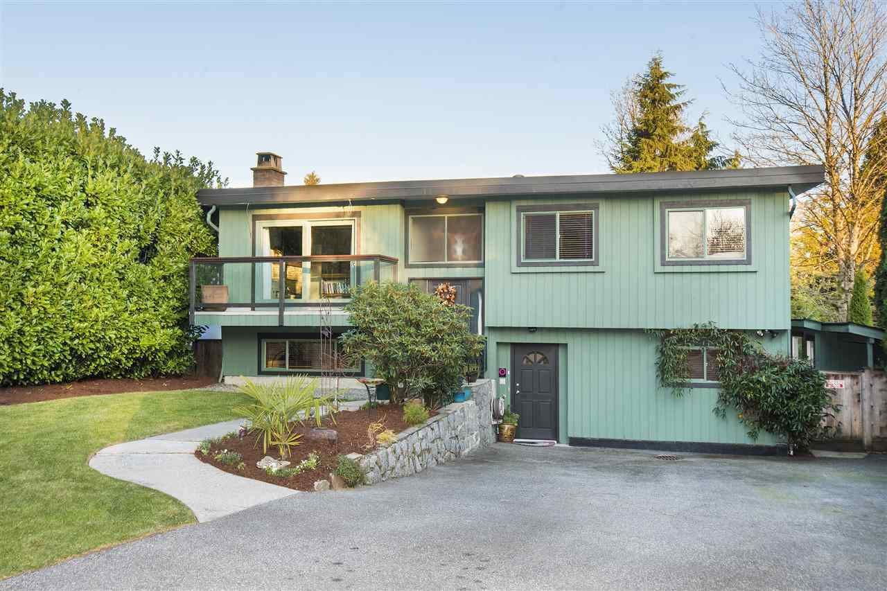Main Photo: 312 FAIRWAY Drive in North Vancouver: Dollarton House for sale : MLS®# R2221628