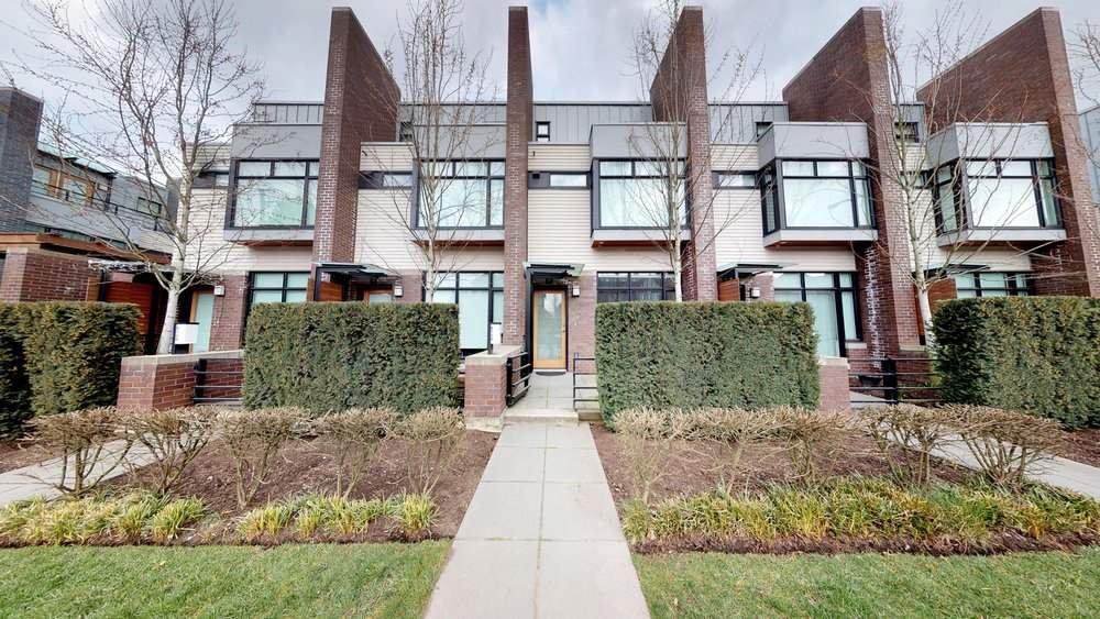 """Main Photo: 6130 OAK Street in Vancouver: Oakridge VW Townhouse for sale in """"OAK"""" (Vancouver West)  : MLS®# R2250697"""