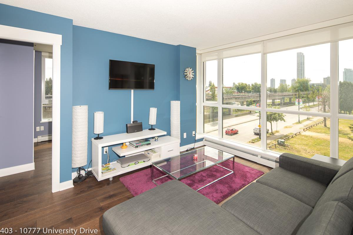 "Main Photo: 403 10777 UNIVERSITY Drive in Surrey: Whalley Condo for sale in ""CITYPOINT"" (North Surrey)  : MLS®# R2286574"