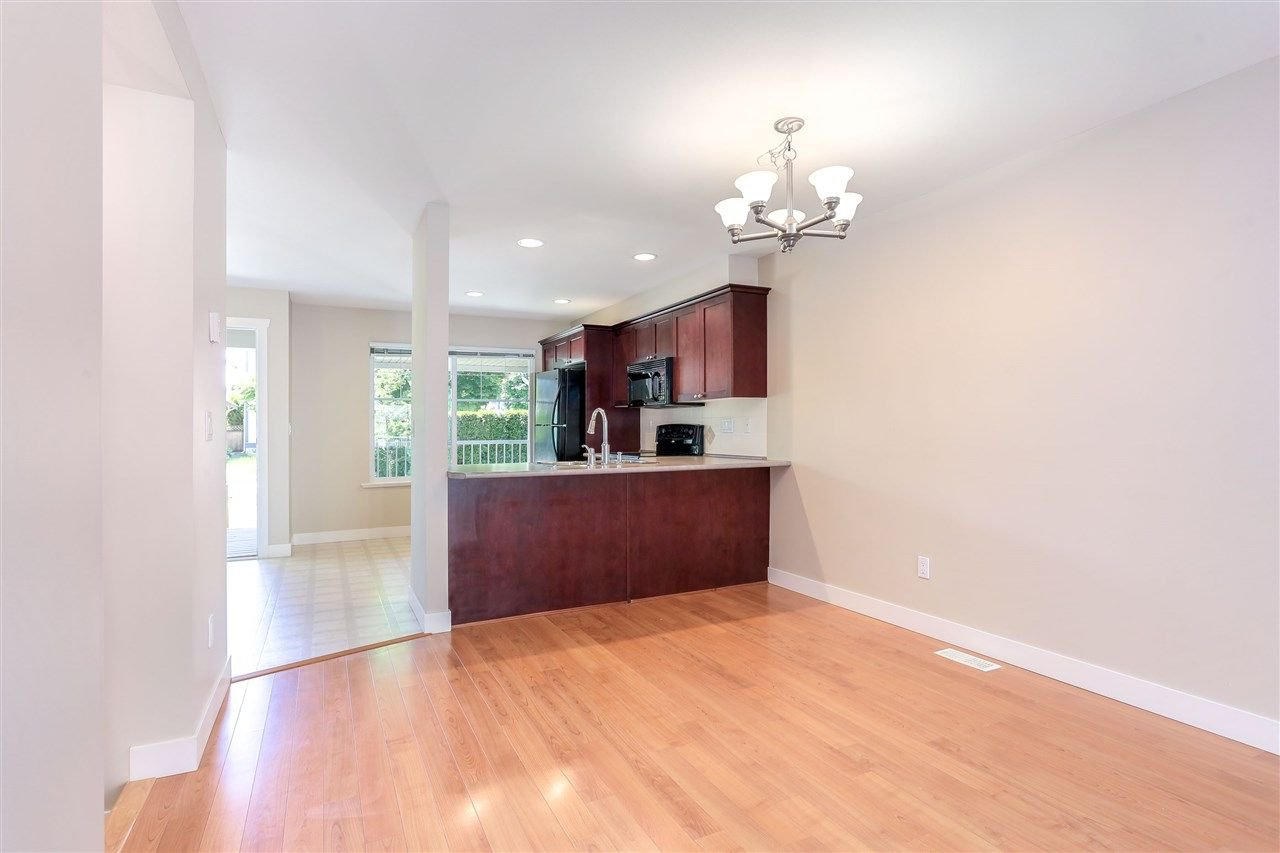 "Photo 7: Photos: 44 6568 193B Street in Surrey: Clayton Townhouse for sale in ""Belmont"" (Cloverdale)  : MLS®# R2289526"