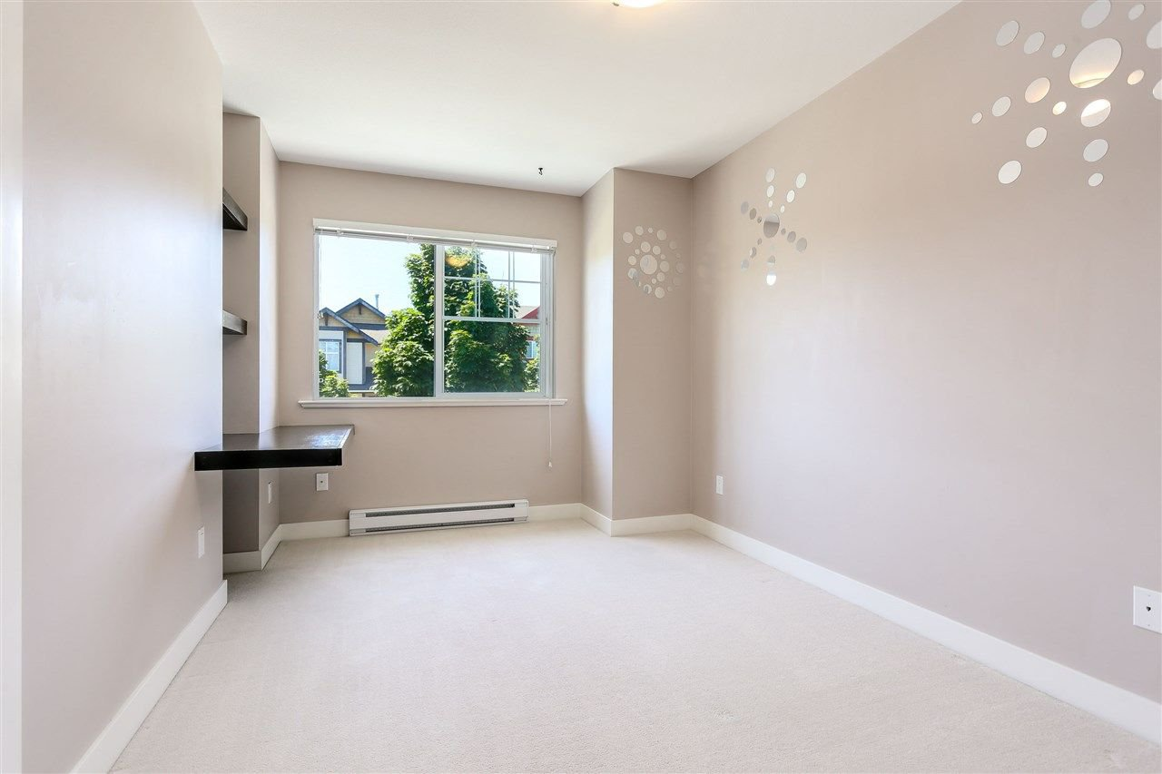 "Photo 14: Photos: 44 6568 193B Street in Surrey: Clayton Townhouse for sale in ""Belmont"" (Cloverdale)  : MLS®# R2289526"