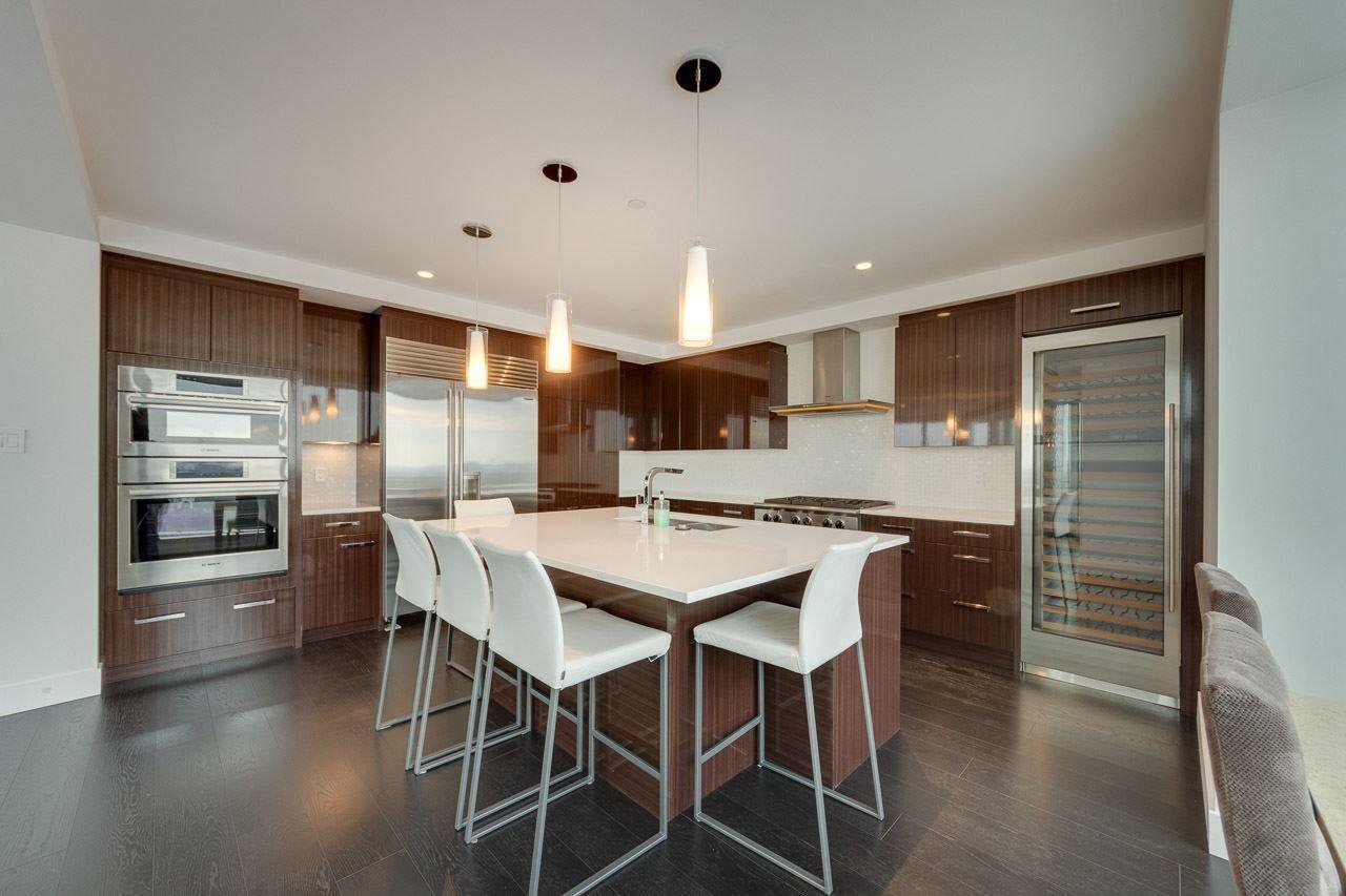 Photo 8: Photos: 2703 11969 JASPER Avenue in Edmonton: Zone 12 Condo for sale : MLS®# E4135423