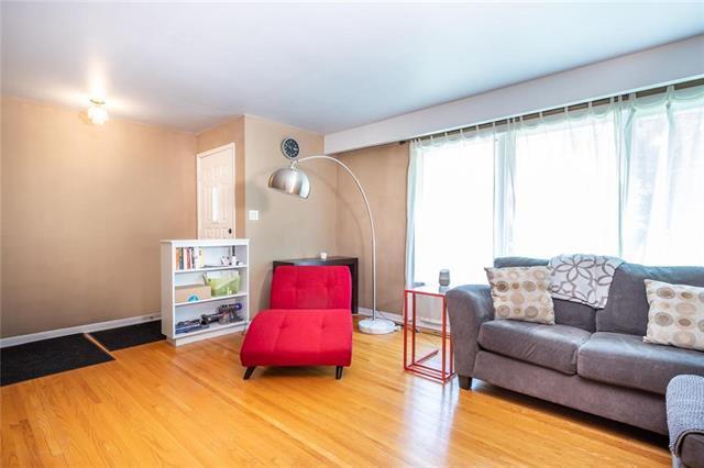 Photo 2: Photos: 952 Dugas Street in Winnipeg: Windsor Park Residential for sale (2G)  : MLS®# 1916909