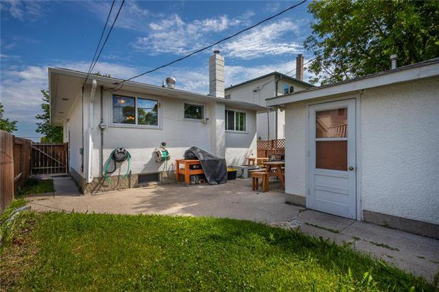 Photo 15: Photos: 952 Dugas Street in Winnipeg: Windsor Park Residential for sale (2G)  : MLS®# 1916909