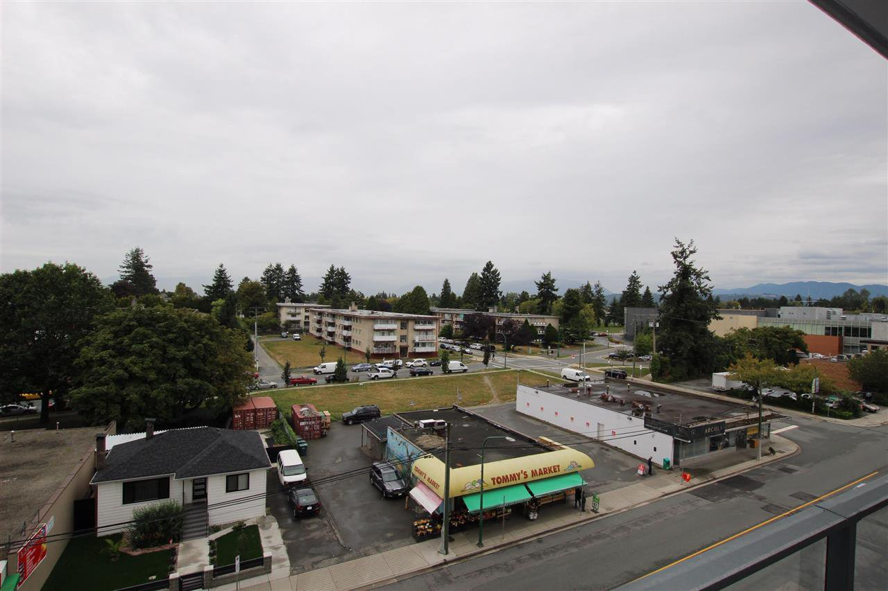 "Photo 14: Photos: 502 7303 NOBLE Lane in Burnaby: Edmonds BE Condo for sale in ""KINGS CROSSING II"" (Burnaby East)  : MLS®# R2403430"