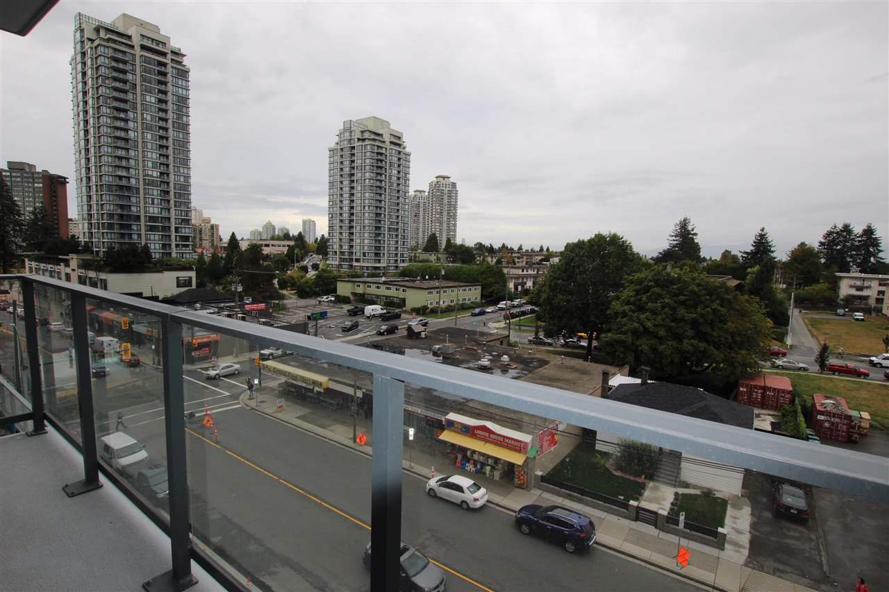 "Photo 13: Photos: 502 7303 NOBLE Lane in Burnaby: Edmonds BE Condo for sale in ""KINGS CROSSING II"" (Burnaby East)  : MLS®# R2403430"