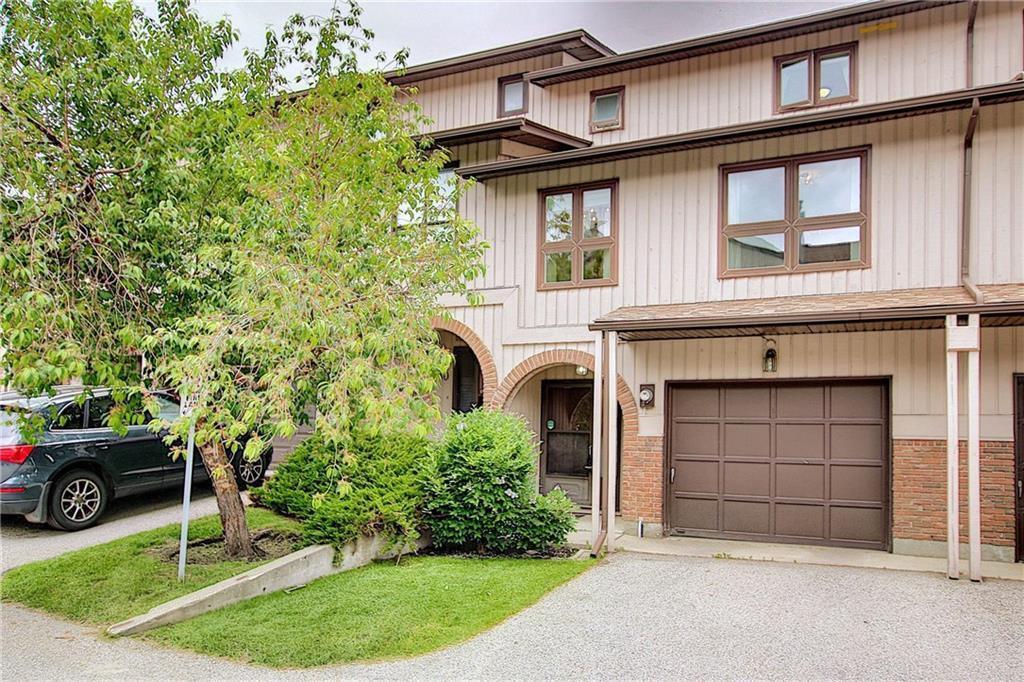 Main Photo: 28 CANTERBURY Garden SW in Calgary: Canyon Meadows Row/Townhouse for sale : MLS®# C4305505