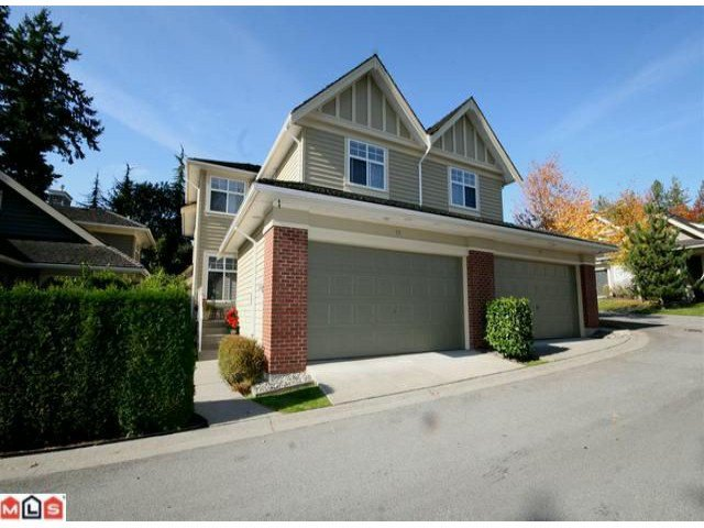 """Main Photo: 71 15500 ROSEMARY HEIGHTS Crescent in Surrey: Morgan Creek Townhouse for sale in """"The Carrington"""" (South Surrey White Rock)  : MLS®# F1125752"""
