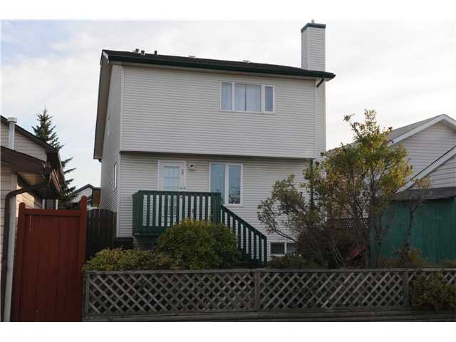 Photo 14: Photos: 38 ERIN LINK SE in CALGARY: Erinwoods Residential Detached Single Family for sale (Calgary)  : MLS®# C3497032