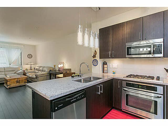 "Main Photo: 210 119 W 22ND Street in North Vancouver: Central Lonsdale Condo for sale in ""ANDERSON WALK"" : MLS®# V1133938"