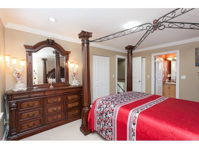 Photo 3: Photos: 14961 FRASER Highway in Surrey: Fleetwood Tynehead House for sale : MLS®# R2000597
