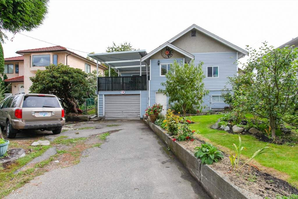 Main Photo: 2236 VANNESS Avenue in Vancouver: Victoria VE House for sale (Vancouver East)  : MLS®# R2110897