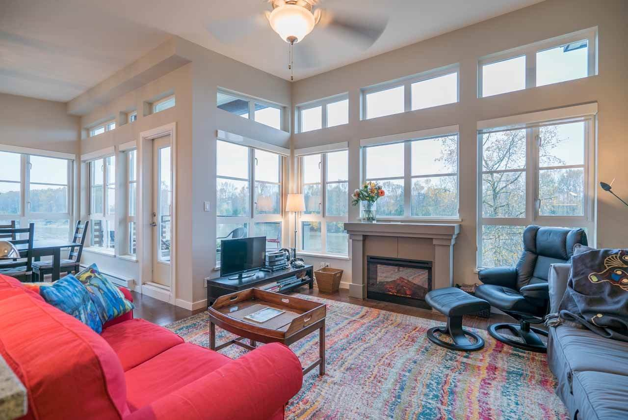 """Photo 7: Photos: 404 23215 BILLY BROWN Road in Langley: Fort Langley Condo for sale in """"WATERFRONT AT BEDFORD LANDING"""" : MLS®# R2119183"""