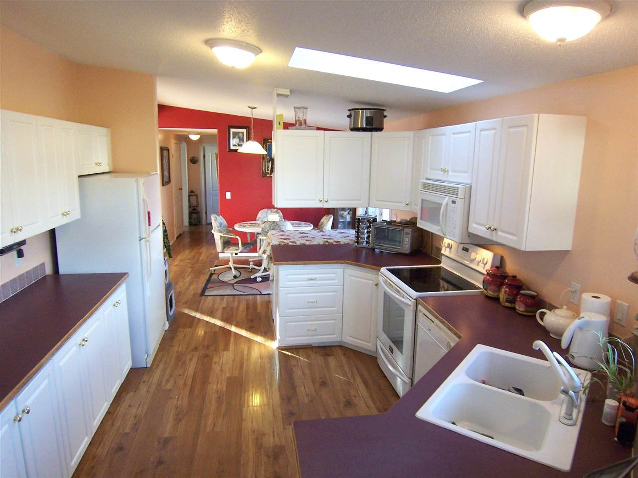 Photo 5: Photos: 2140 NORWOOD Street in Prince George: VLA Manufactured Home for sale (PG City Central (Zone 72))  : MLS®# R2120455