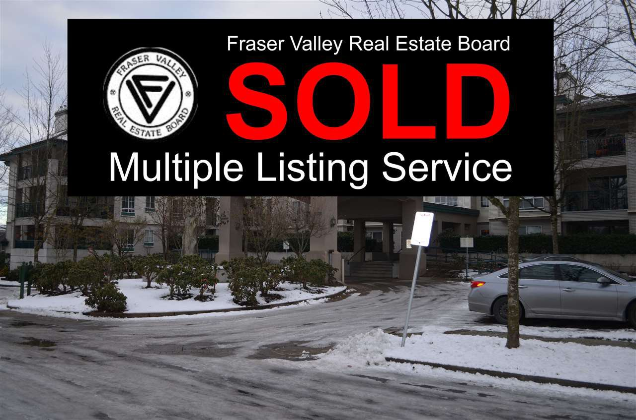 "Main Photo: 230 19528 FRASER Highway in Surrey: Cloverdale BC Condo for sale in ""Fairmont on the Boulevard"" (Cloverdale)  : MLS®# R2129627"