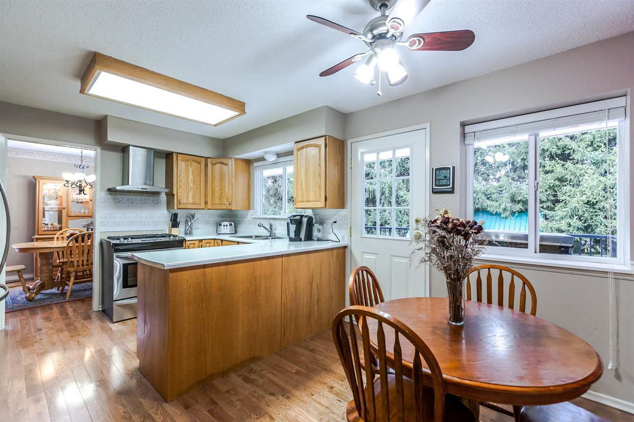 Photo 11: Photos: 21895 44 Avenue in Langley: Murrayville House for sale : MLS®# R2135391