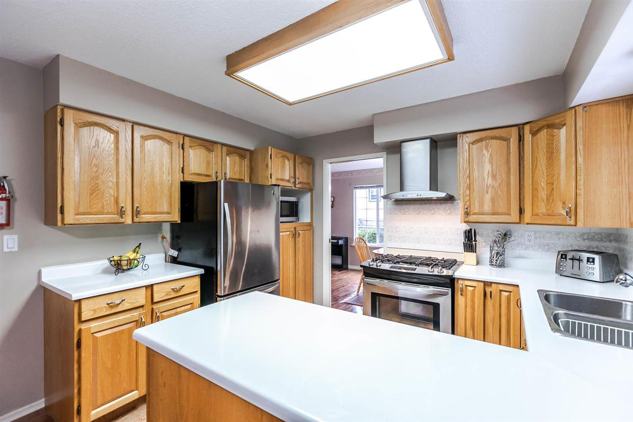 Photo 10: Photos: 21895 44 Avenue in Langley: Murrayville House for sale : MLS®# R2135391