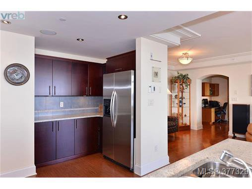 Photo 11: Photos: 517 845 Dunsmuir Rd in VICTORIA: Es Old Esquimalt Condo Apartment for sale (Esquimalt)  : MLS®# 757649