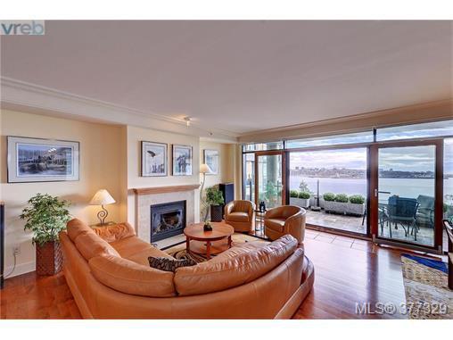 Photo 4: Photos: 517 845 Dunsmuir Rd in VICTORIA: Es Old Esquimalt Condo Apartment for sale (Esquimalt)  : MLS®# 757649