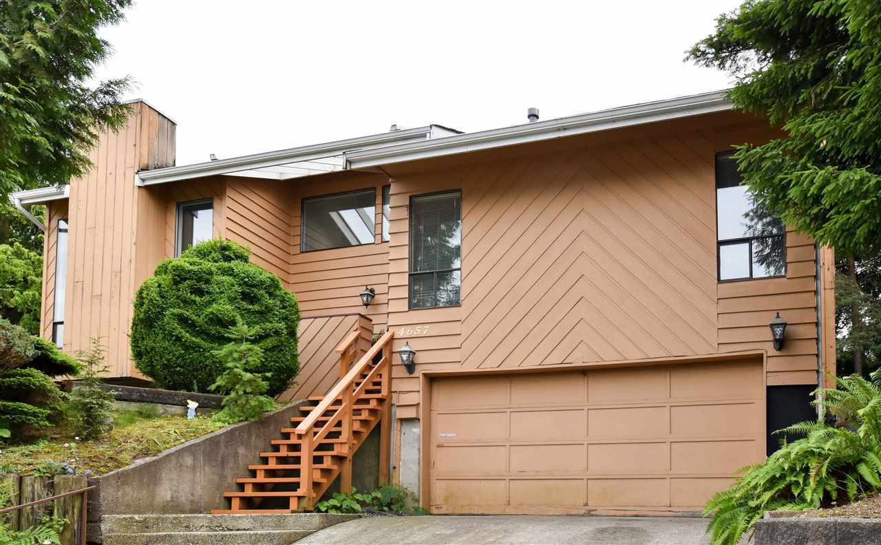 """Main Photo: 4657 208A Street in Langley: Langley City House for sale in """"Uplands"""" : MLS®# R2177320"""