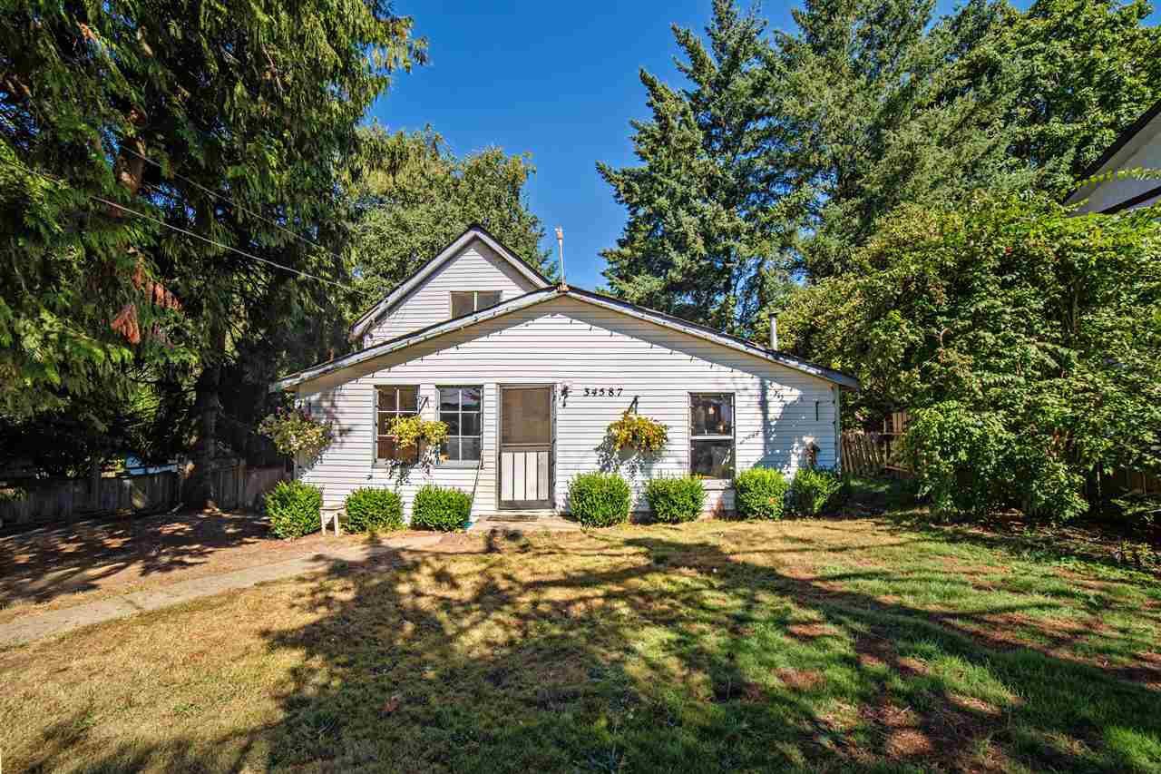 Main Photo: 34587 FERGUSON AVENUE in Mission: Hatzic House for sale : MLS®# R2205092