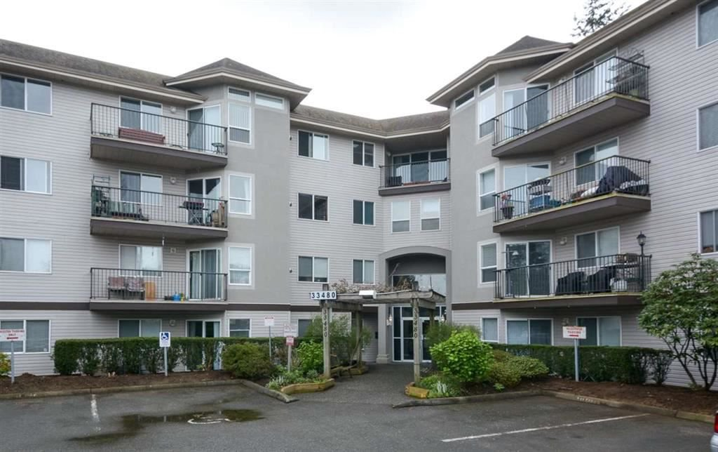 Main Photo: 307 33480 GEORGE FERGUSON Way in Abbotsford: Central Abbotsford Condo for sale : MLS®# R2255509