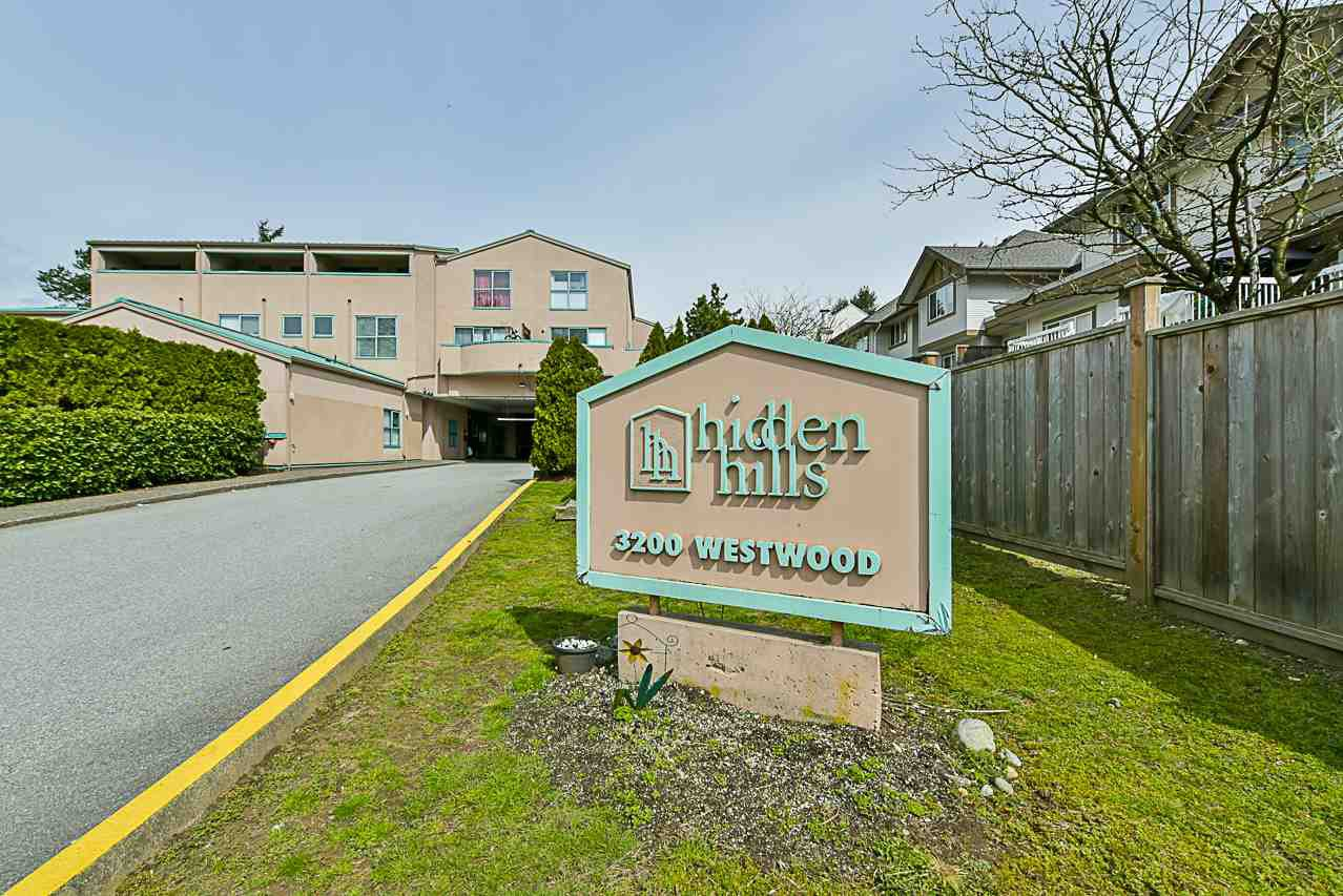 "Main Photo: 5 3200 WESTWOOD Street in Port Coquitlam: Central Pt Coquitlam Townhouse for sale in ""HIDDEN HILLS"" : MLS®# R2262418"