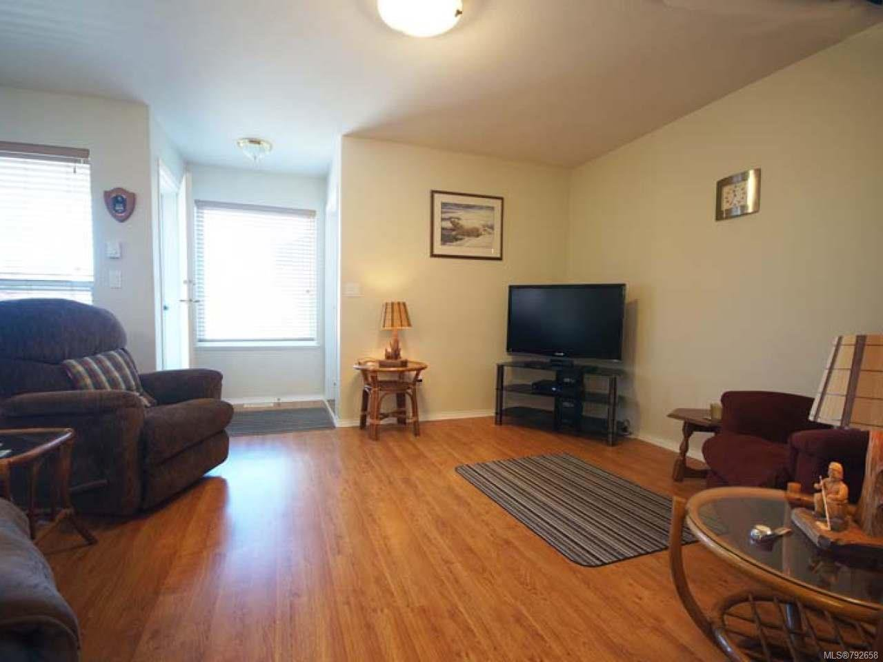 Photo 5: Photos: 893 EDGEWARE Avenue in PARKSVILLE: PQ Parksville House for sale (Parksville/Qualicum)  : MLS®# 792658