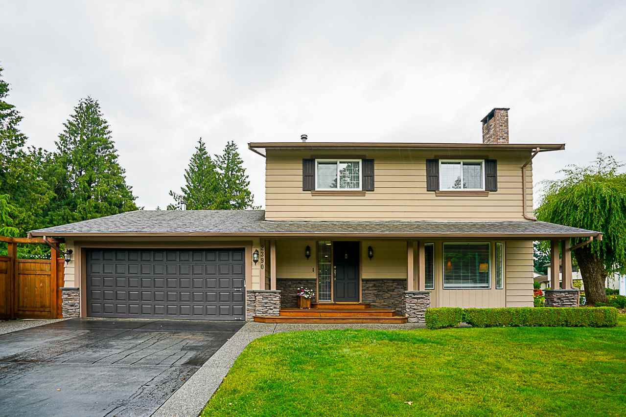 Main Photo: 2390 ORCHARD Drive in Abbotsford: Abbotsford East House for sale : MLS®# R2332935