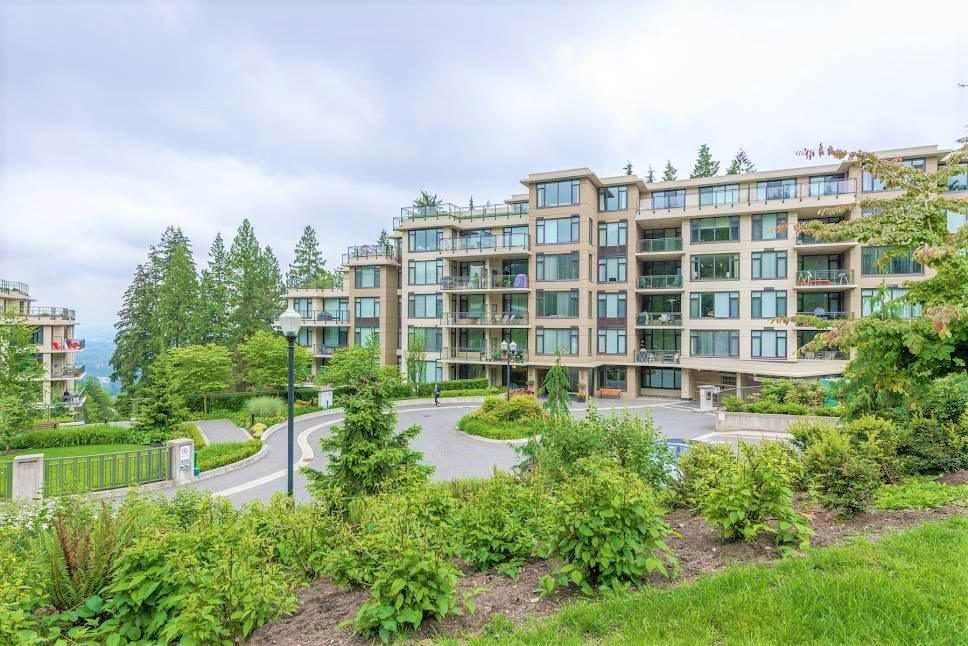 "Main Photo: 903 2950 PANORAMA Drive in Coquitlam: Westwood Plateau Condo for sale in ""CASCADE"" : MLS®# R2333765"