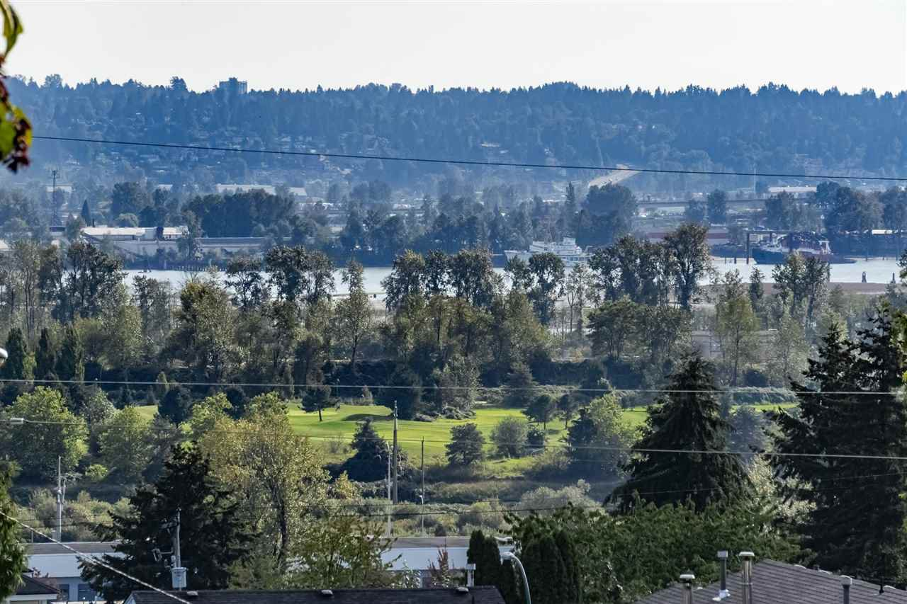 Main Photo: 1002 DELESTRE Avenue in Coquitlam: Maillardville House 1/2 Duplex for sale : MLS®# R2383513