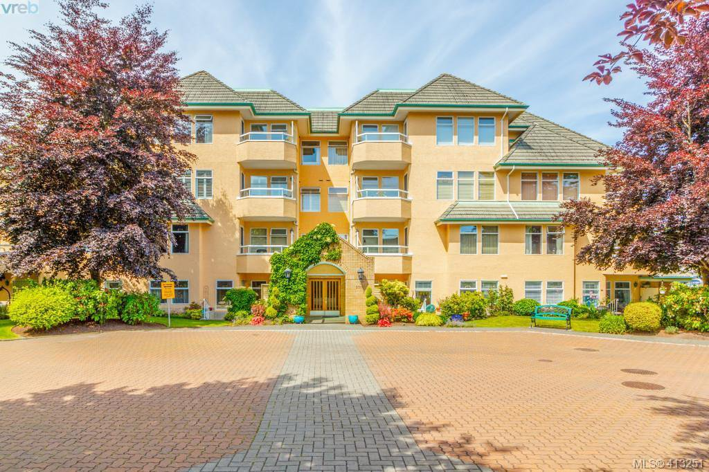 Main Photo: 201 2311 Mills Rd in SIDNEY: Si Sidney North-East Condo for sale (Sidney)  : MLS®# 819524