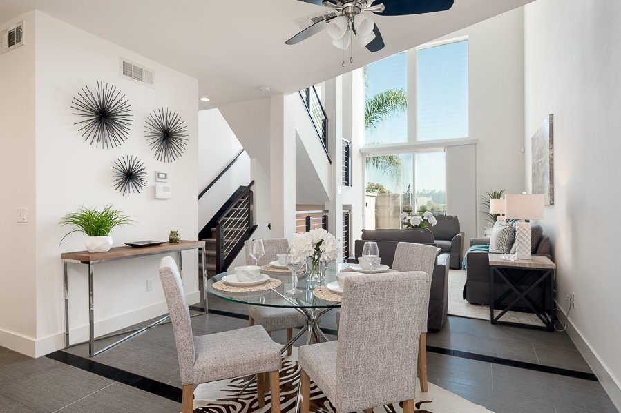 Main Photo: MISSION VALLEY Condo for sale : 3 bedrooms : 2476 Via Alta in San Diego