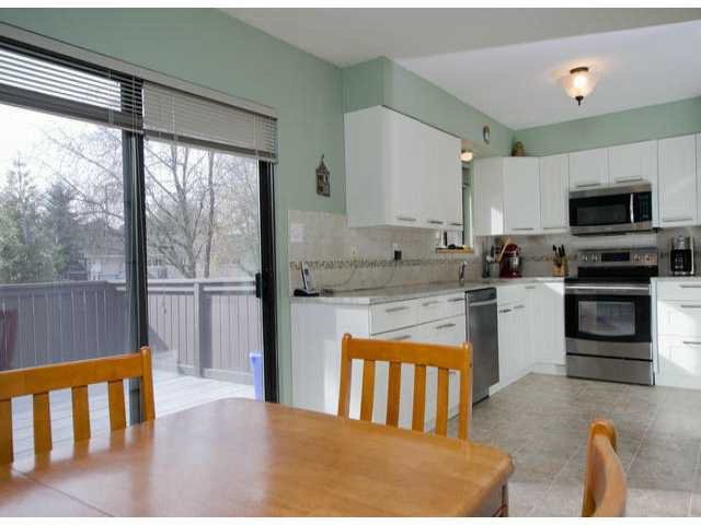 Photo 6: Photos: 7427 TODD Crescent in Surrey: East Newton House for sale : MLS®# F1404397