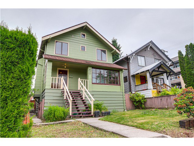 "Main Photo: 637 E 24TH Avenue in Vancouver: Fraser VE House for sale in ""FRASER"" (Vancouver East)  : MLS®# V1072465"