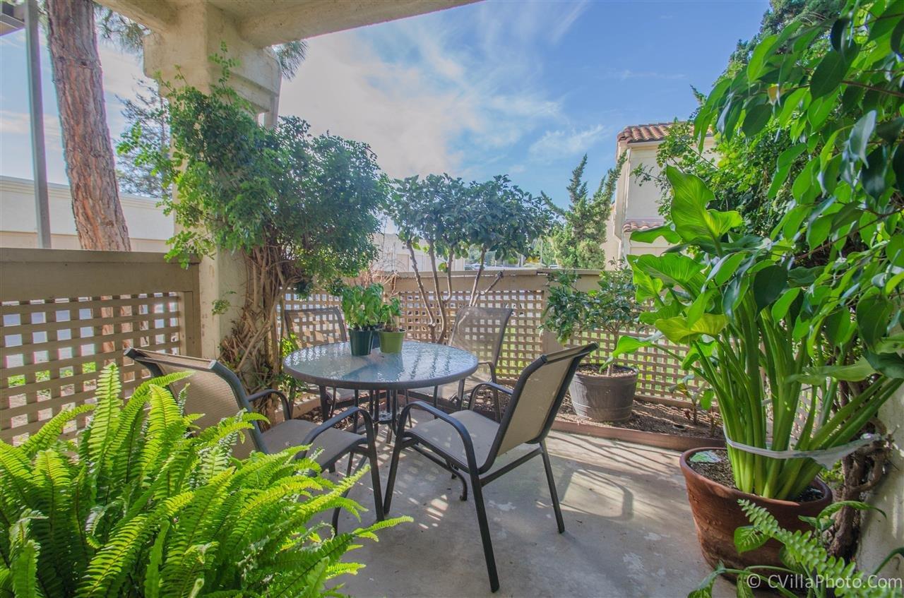 Main Photo: VISTA Condo for sale : 1 bedrooms : 730 Breeze Hill Rd #251