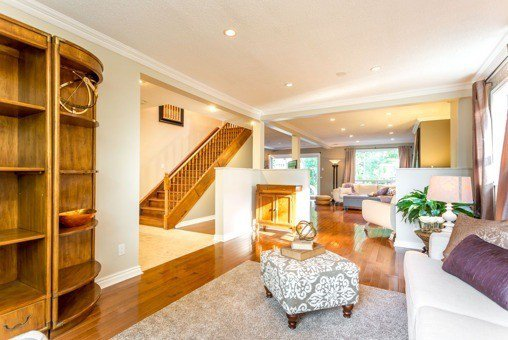 Photo 11: Photos: 751 Sheppard Avenue in Pickering: Woodlands House (2-Storey) for sale : MLS®# E3280513