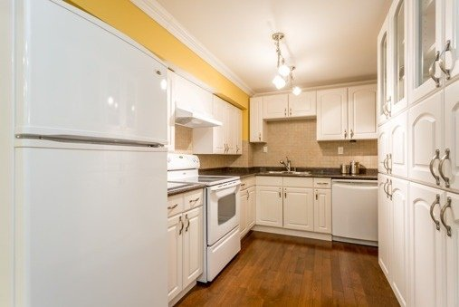 Photo 7: Photos: 751 Sheppard Avenue in Pickering: Woodlands House (2-Storey) for sale : MLS®# E3280513