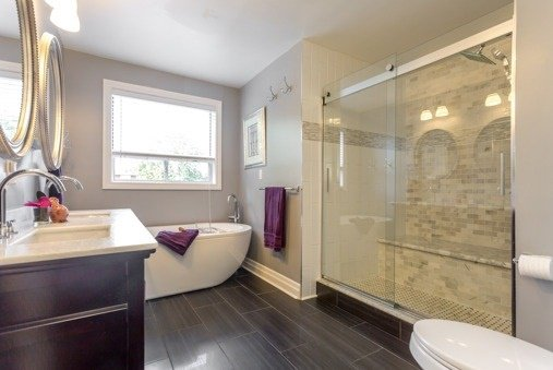 Photo 2: Photos: 751 Sheppard Avenue in Pickering: Woodlands House (2-Storey) for sale : MLS®# E3280513