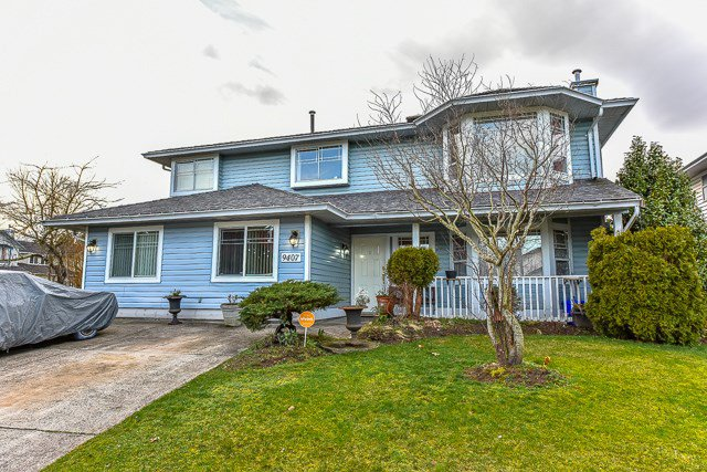 Main Photo: 9407 161 Street in Surrey: Fleetwood Tynehead House for sale : MLS®# R2036083