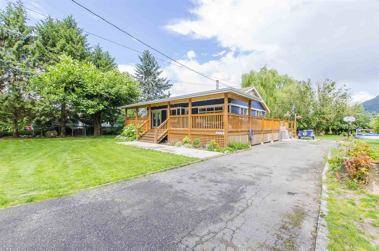 Main Photo: 4376 STEWART Road: Yarrow House for sale : MLS®# R2080979