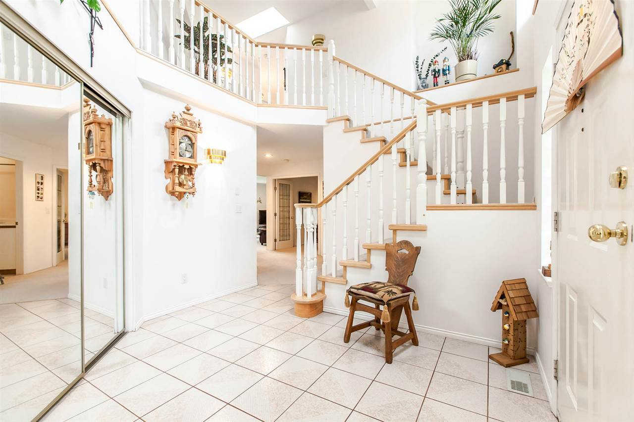 Photo 2: Photos: 1521 REGAN Avenue in Coquitlam: Central Coquitlam House for sale : MLS®# R2087290