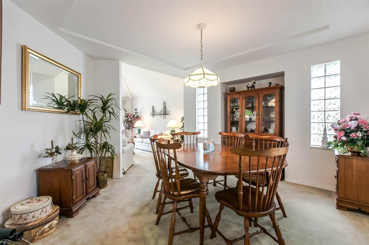 Photo 18: Photos: 1521 REGAN Avenue in Coquitlam: Central Coquitlam House for sale : MLS®# R2087290
